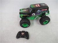 """""""As Is"""" Monster Jam - Authentic Grave Digger 1:15"""