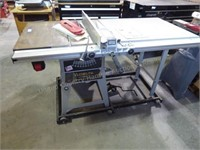 """Delta 10"""" contractors table saw w/ table extension"""