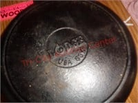Small cast iron pan - Lodge