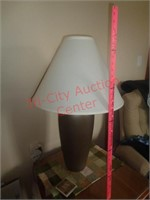 Side table/end table and lamp