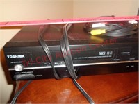 Toshiba VHS/DVD player combo