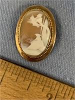 Small cameo pin          (P 1)