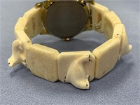Citizen quartz watch with an ivory stretch band wi