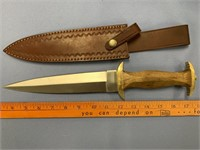Greek style dagger with brass cross guard and pomm