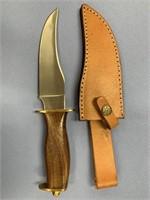 Fixed blade knife, wood handle, brass guard pommel