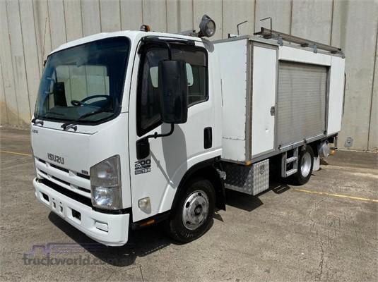 2008 Isuzu NPR 200 Short - Trucks for Sale