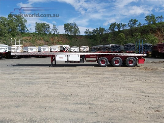 2005 Barker Flat Top Trailer - Trailers for Sale