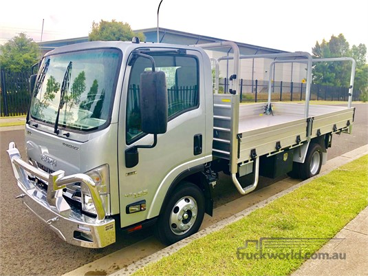 2020 Isuzu NPR Gilbert and Roach - Trucks for Sale