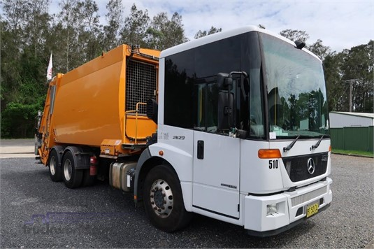 2012 Mercedes-benz Econic 2629 - Trucks for Sale
