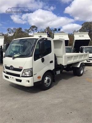 2019 Hino 300 Series 917 Medium - Trucks for Sale