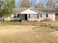 Real Estate Auction -102 Luther Circle, Monticello