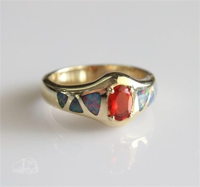 14K YELLOW GOLD MEXICAN FIRE OPAL RING Otros Articulos Para