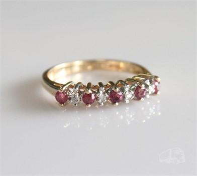 14K YELLOW GOLD RUBY AND DIAMOND RING Otros Articulos Para
