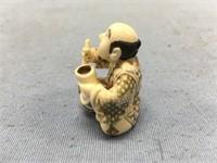 Ivory Netsuke of a Japanese potter, approx. 1 1/2
