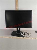 """Dell 19"""" computer monitor w/ cord"""
