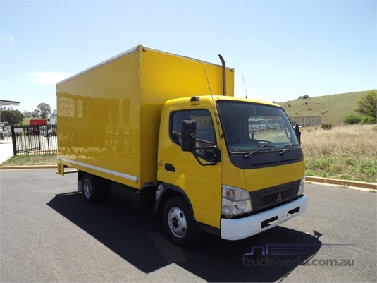 2006 Fuso Canter - Trucks for Sale