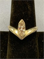Sterling silver lady's solitaire ring with