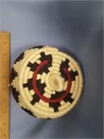 """Lidded and hinged woolen basket, 5"""" diameter"""