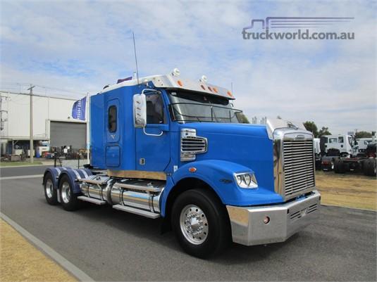 2011 Freightliner Coronado 122 SD - Trucks for Sale