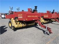New Holland 585 Baler