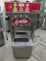 Stoelting F231 3-SelectionWater Cooled Fro-Yo