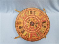 Beautiful lidded tray grass woven, with stunning