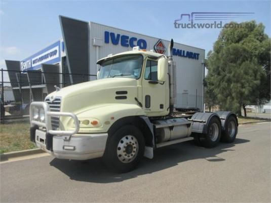 2004 Mack Vision - Trucks for Sale
