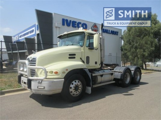 2004 Mack Vision Smith Truck & Equipment Group - Trucks for Sale