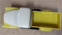 Plastic Tru-Miniatures International pickup *w/box