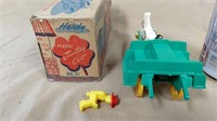 Hardy #21 plastic jaunting cart action toy w/box*