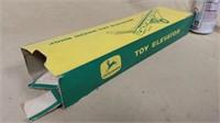 John Deere Toy Elevator with Box (*)