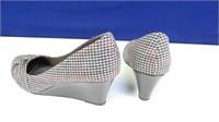 Dexflex Houndstooth Pattern Wedge Heels, Size 11