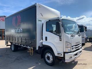 2017 Isuzu FSR 140 240 - Trucks for Sale