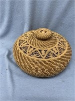 Lidded hand made basket,  made from Georgia longle