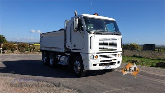 2003 Freightliner Argosy FLH - Trucks for Sale