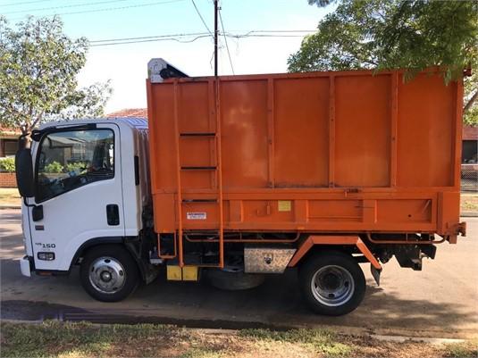 2017 Isuzu NLR 45 150 AMT - Trucks for Sale