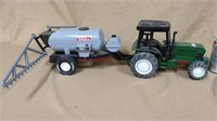 Plastic Tonka 4773 sprayer and tractor with cab