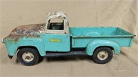 Tru-Scale pickup truck with damage