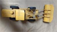 Ertl Payloader *bent arms