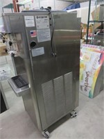 Stoelting F231 3-Selection Air-Cooled Fro-Yo Machn