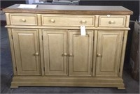 Furniture Warehouse, Scratch, Dent & Returns Auction