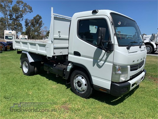 2013 Fuso Canter 715 - Trucks for Sale