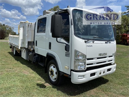 2009 Isuzu NQR 450 Crew Grand Motor Group - Trucks for Sale