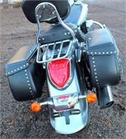 2009 Suzuki Boulevard C-50 Motorcycle (view 2)