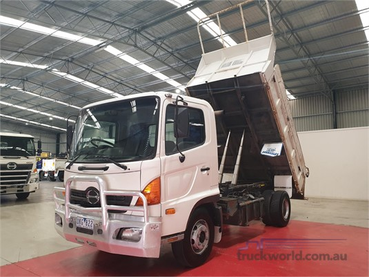 2006 Hino 500 Series 1018 FC - Trucks for Sale