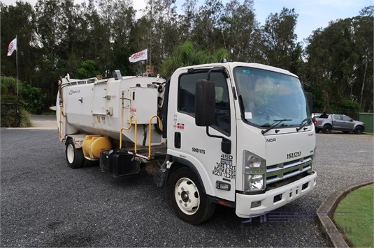 2012 Isuzu NQR 450 Premium - Trucks for Sale