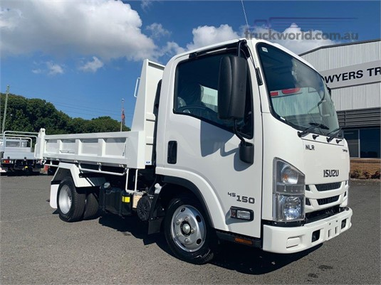 2020 Isuzu NLR 45 150 - Trucks for Sale