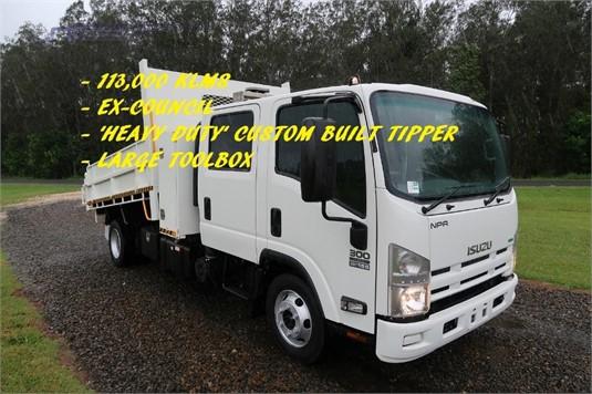 2014 Isuzu NPR 300 Dual Cab - Trucks for Sale
