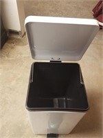(13) Waste Container ($15 Reserve)