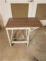 (22) Portable Table ($10 Reserve)
